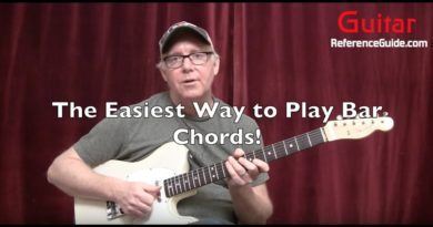 How To Play Seven Nation Army Beginner Guitar Lesson Mov